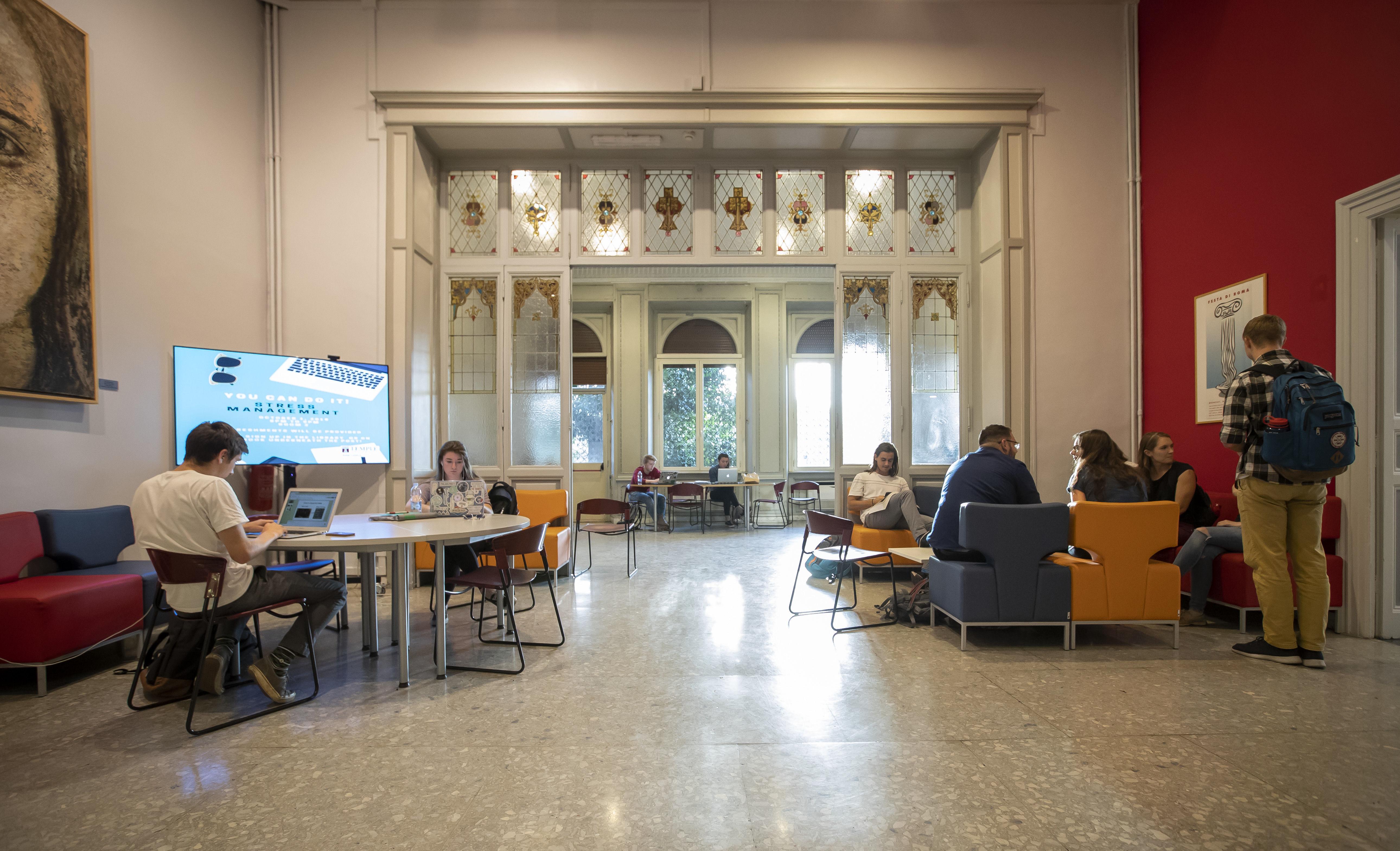 Main lounge, Temple University Rome