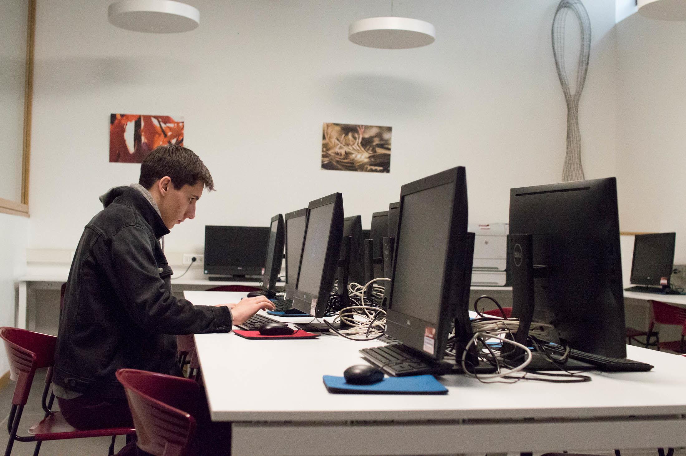 Temple Rome Computer Lab